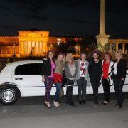 limuzinnal lánybúcsú